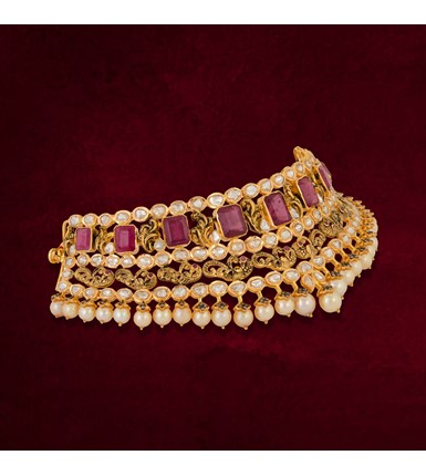 Magnificent Gold necklace choker with Polki diamonds, rubies and pearls