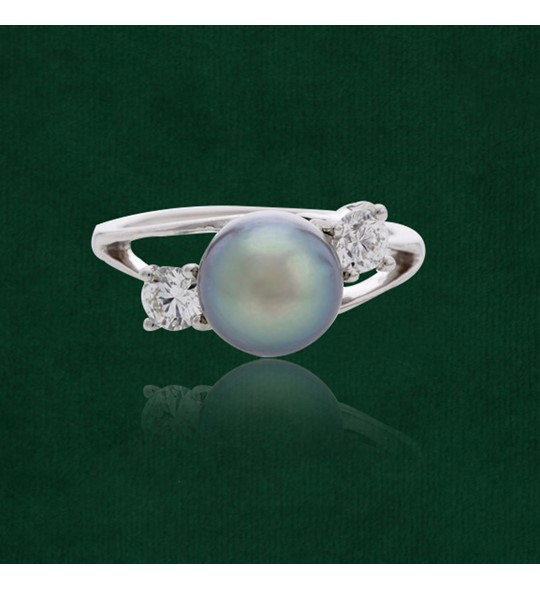 Pearl and Diamond Finger Ring