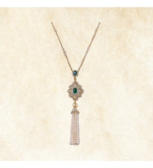 Yellow gold pearls tassels necklace